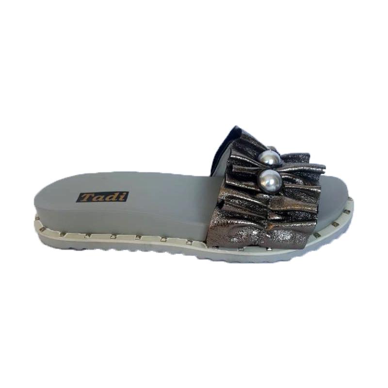 Женские кожаные шлёпки «Рюшик» 125, цвет — серебро