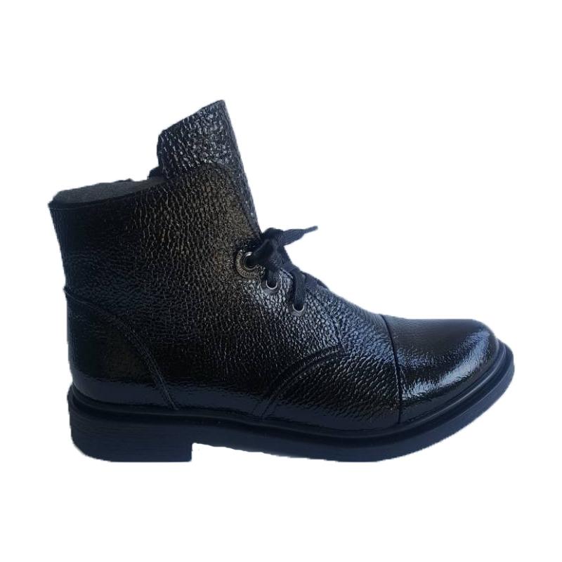Женские кожаные ботинки модель «143», лакированные