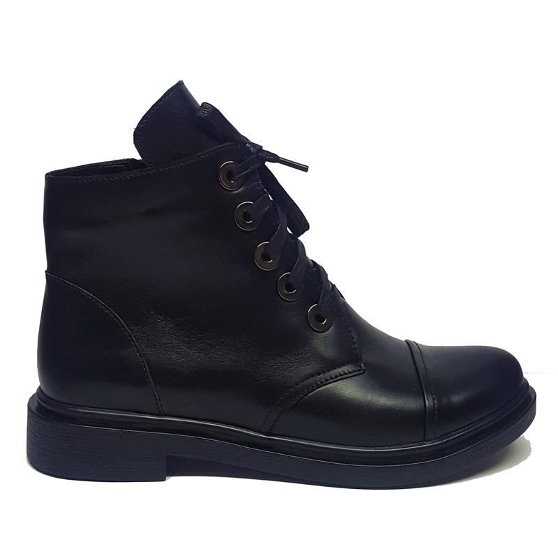 Женские кожаные ботинки модель «143» черные