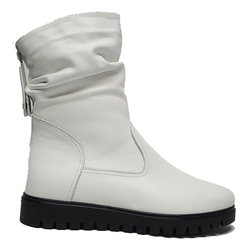 Женские кожаные ботинки модель «2290», цвет белый